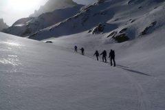 20201210080929-curso-de-esqui-de-montana-en-la-cordillera-cantabrica-nivel-1-iniciacion-3-dias