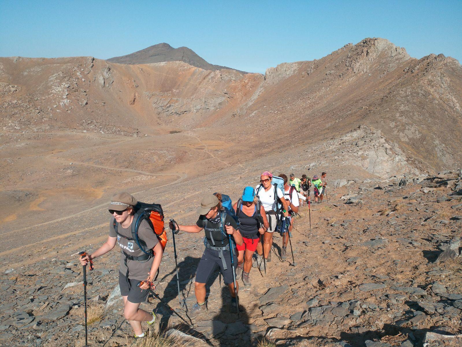 Hi Trek Sierra Nevada. Treking de altura por el Parque Natural de Sierra Nevada (Modalidad Lineal)