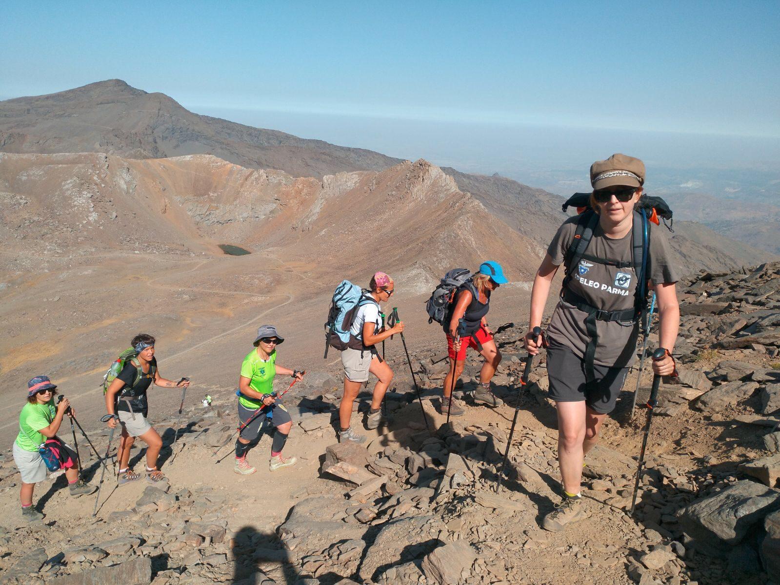 Hi Trek Sierra Nevada. Trekking de altura por el Parque Natural de Sierra Nevada (Modalidad Circular)