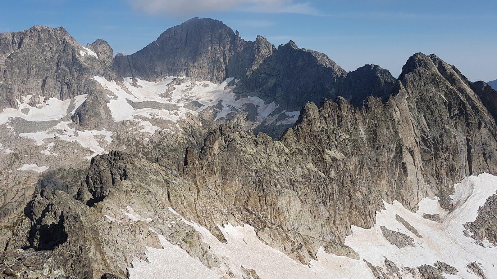 Crestas del Pirineo. Cresta del Diablo-Costerillou al Balaitús.