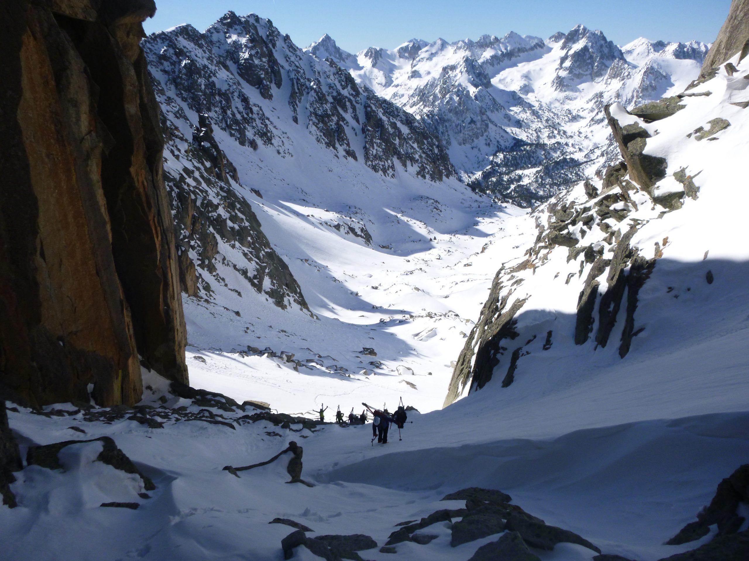 Curso de esquí de montaña/alpinismo. Nivel 3 (Esquí Alpinismo)-Val d´Aran