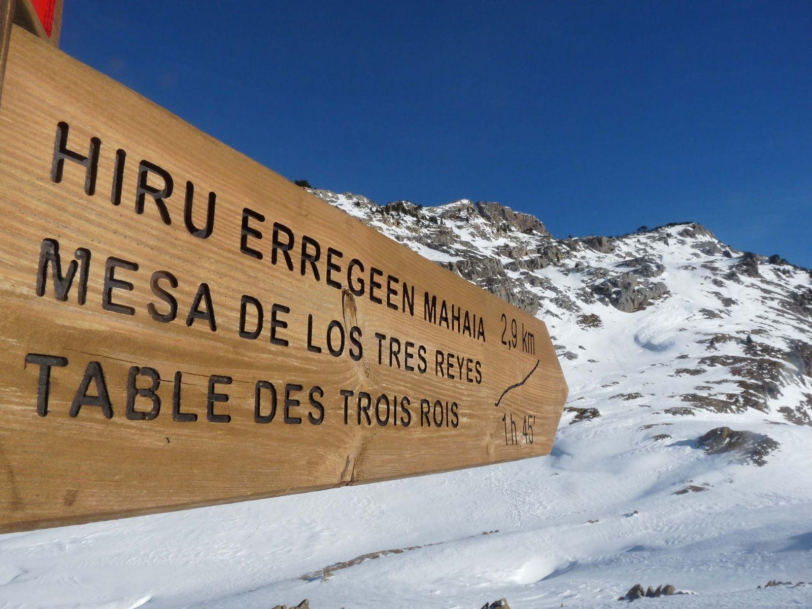 Ascensiones con raquetas en el Pirineo. Mesa de los Tres Reyes, Mallo d´Acherito y Punta Alto de lo Foratón