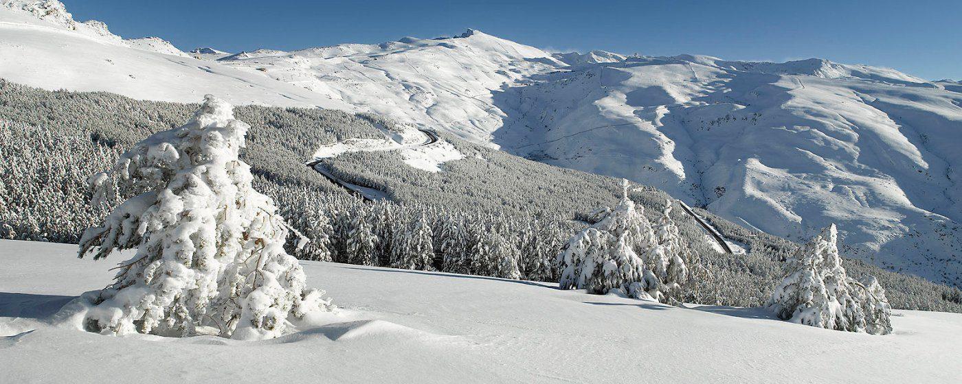 Ascensiones invernales a Sierra Nevada. Picón de Jerez, Cerro del Mirador y Chullo