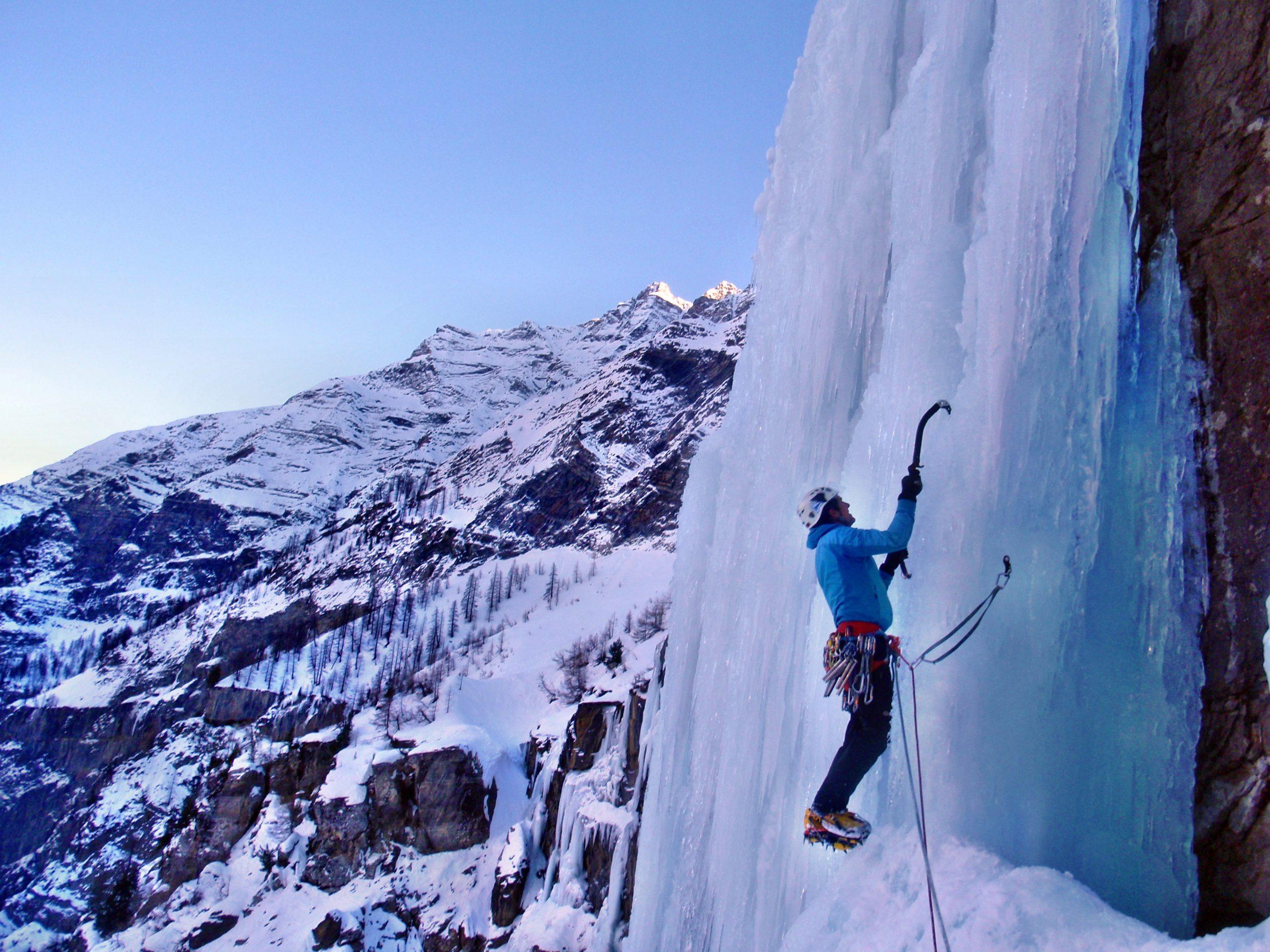 Escalada en Hielo en el Macizo de Ecrins y Queyras. Alpes franceses