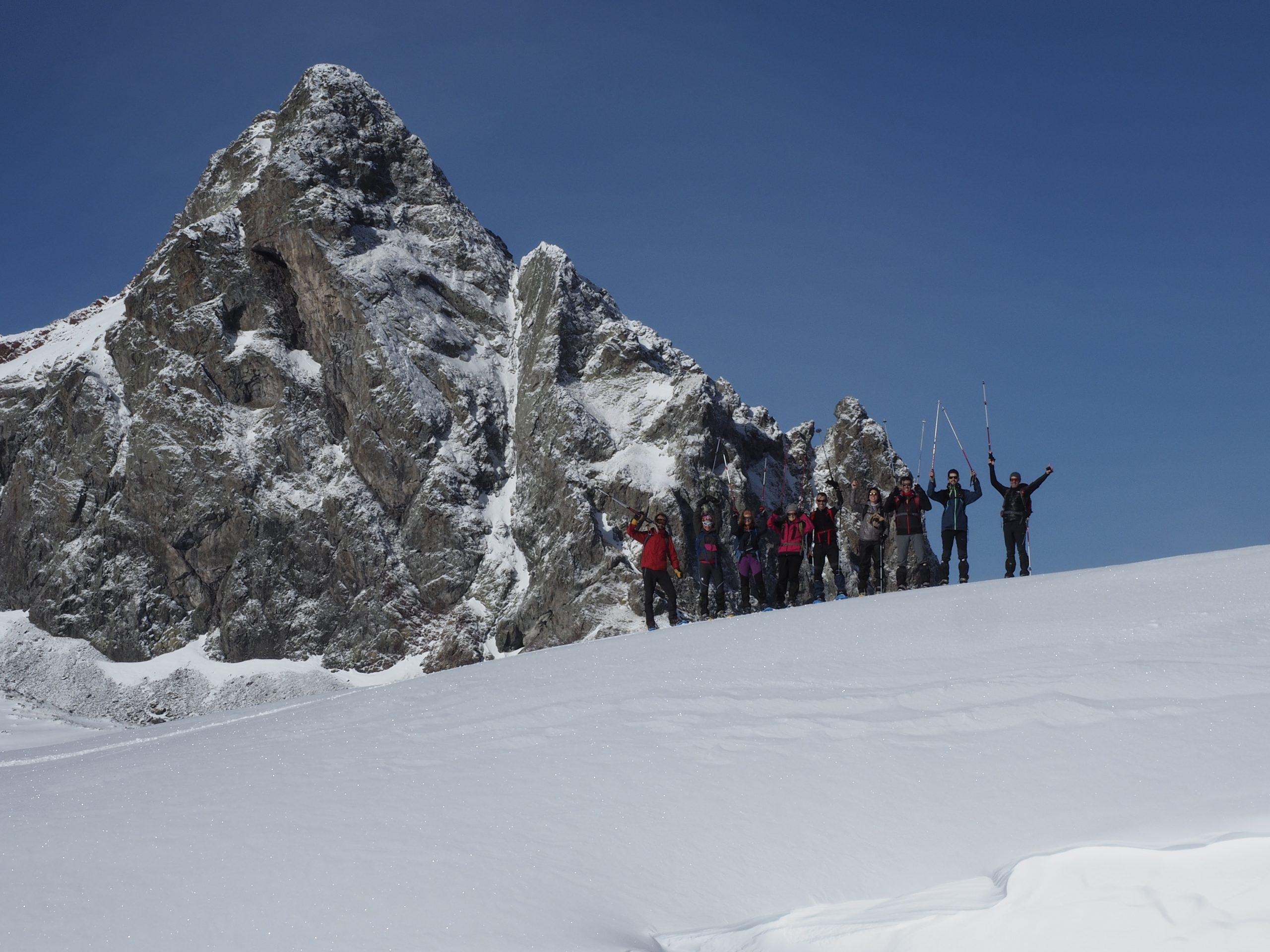 Excursiones con raquetas de nieve en el Valle del Tena