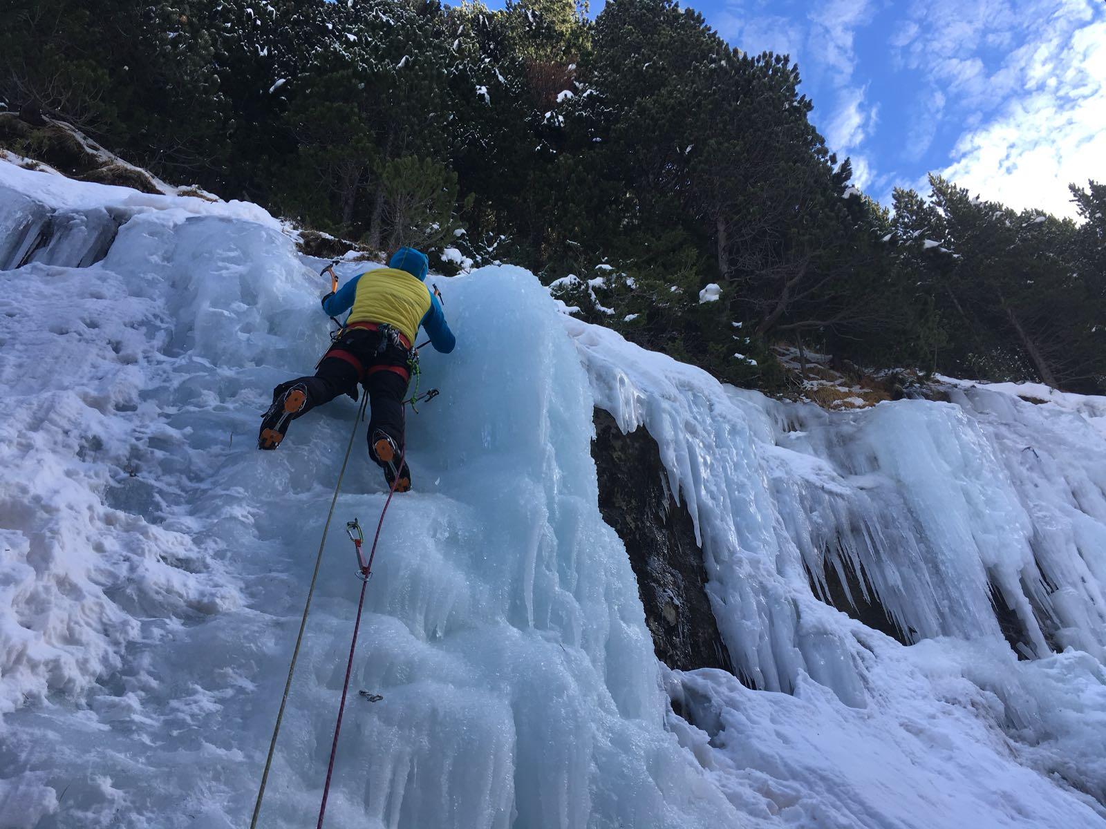 Curso de escalada en hielo (Sierra de Gredos)
