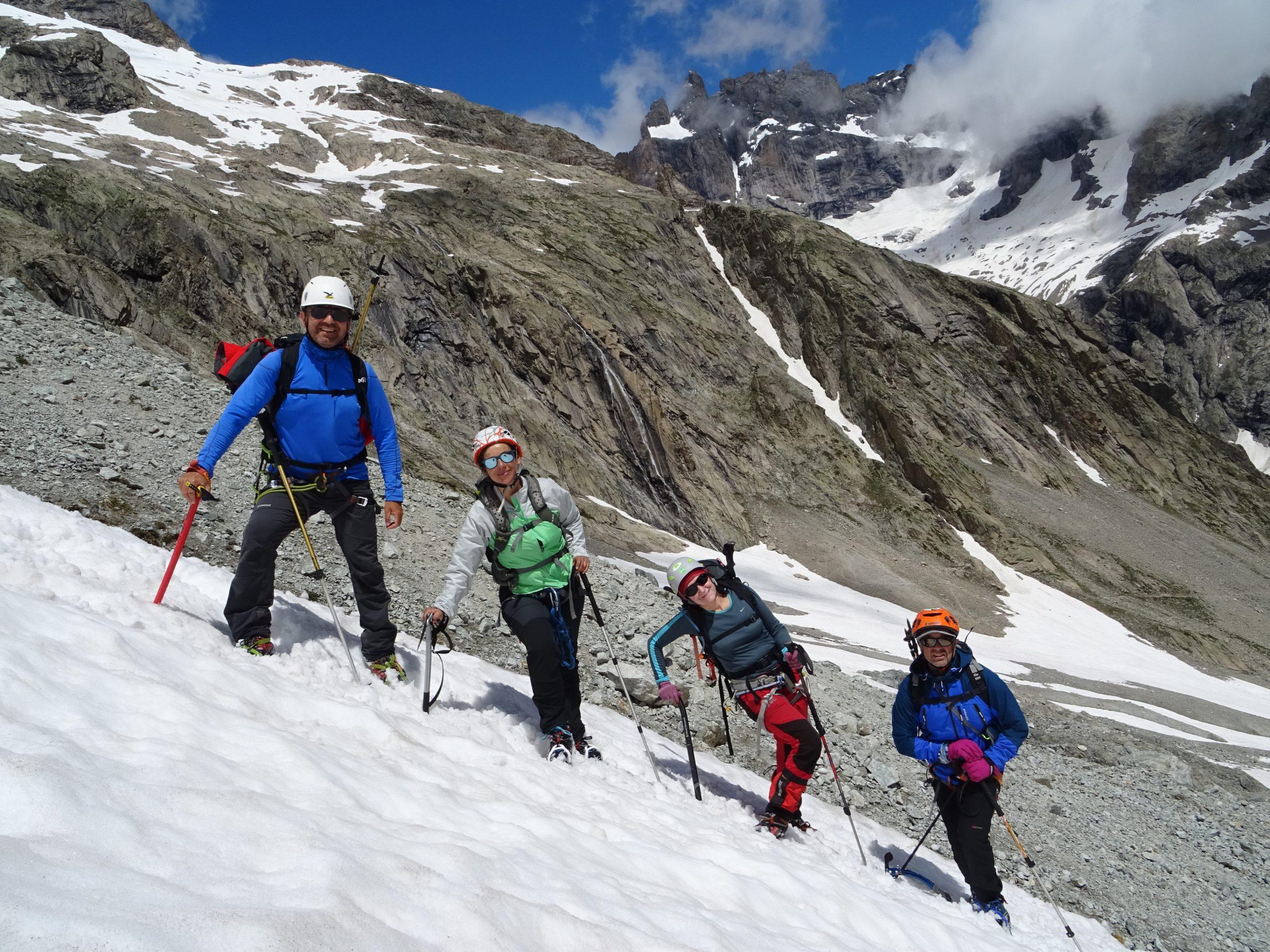 Ascensiones y glaciares en los Ecrins