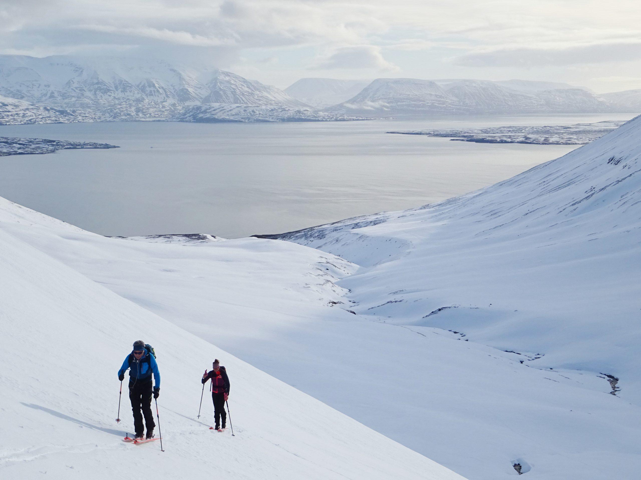 Islandia, esquí de montaña en medio del océano atlántico