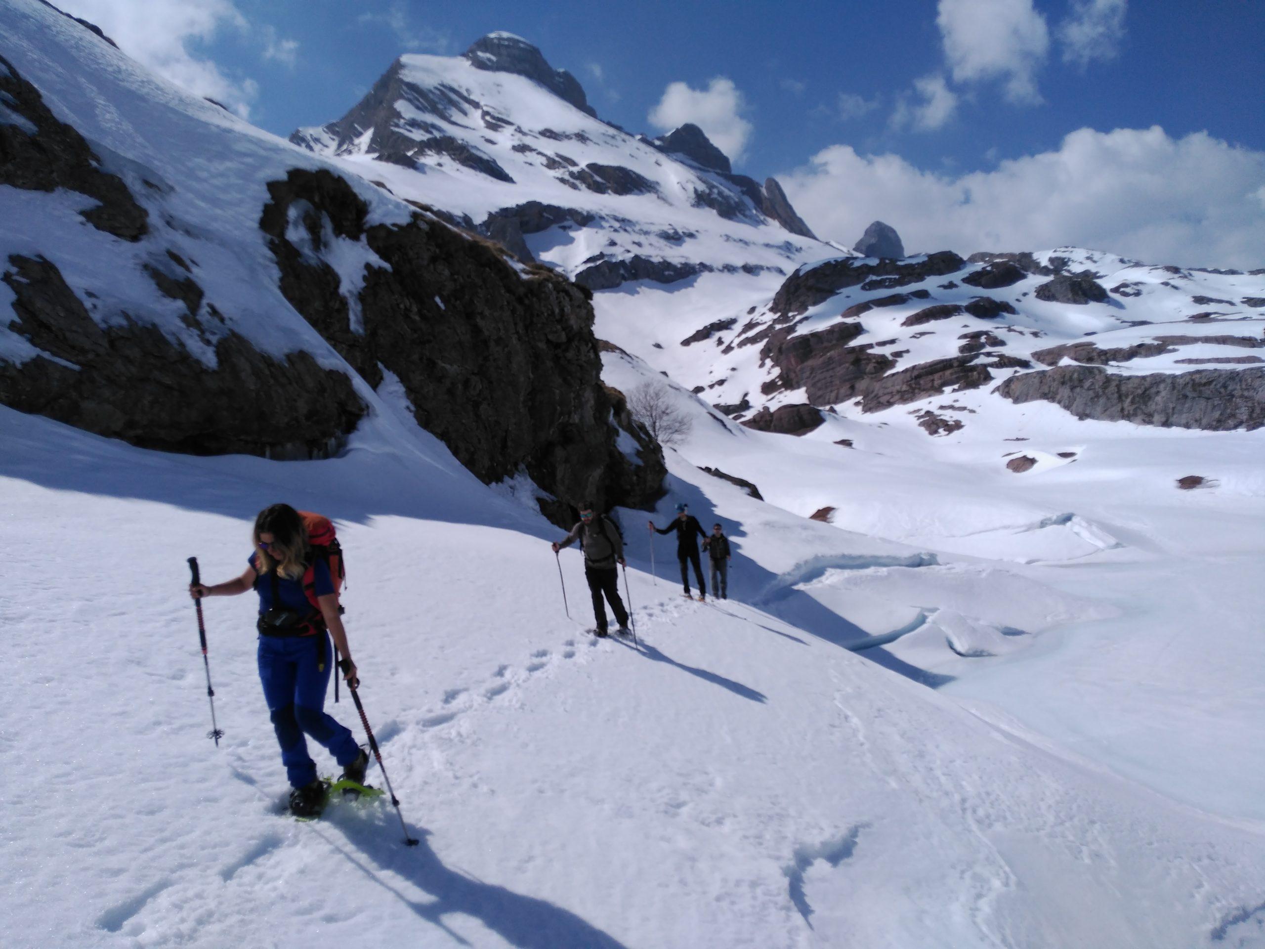 Raquetas en el Valle d´Aspe, Ossau. Pirineo Francés
