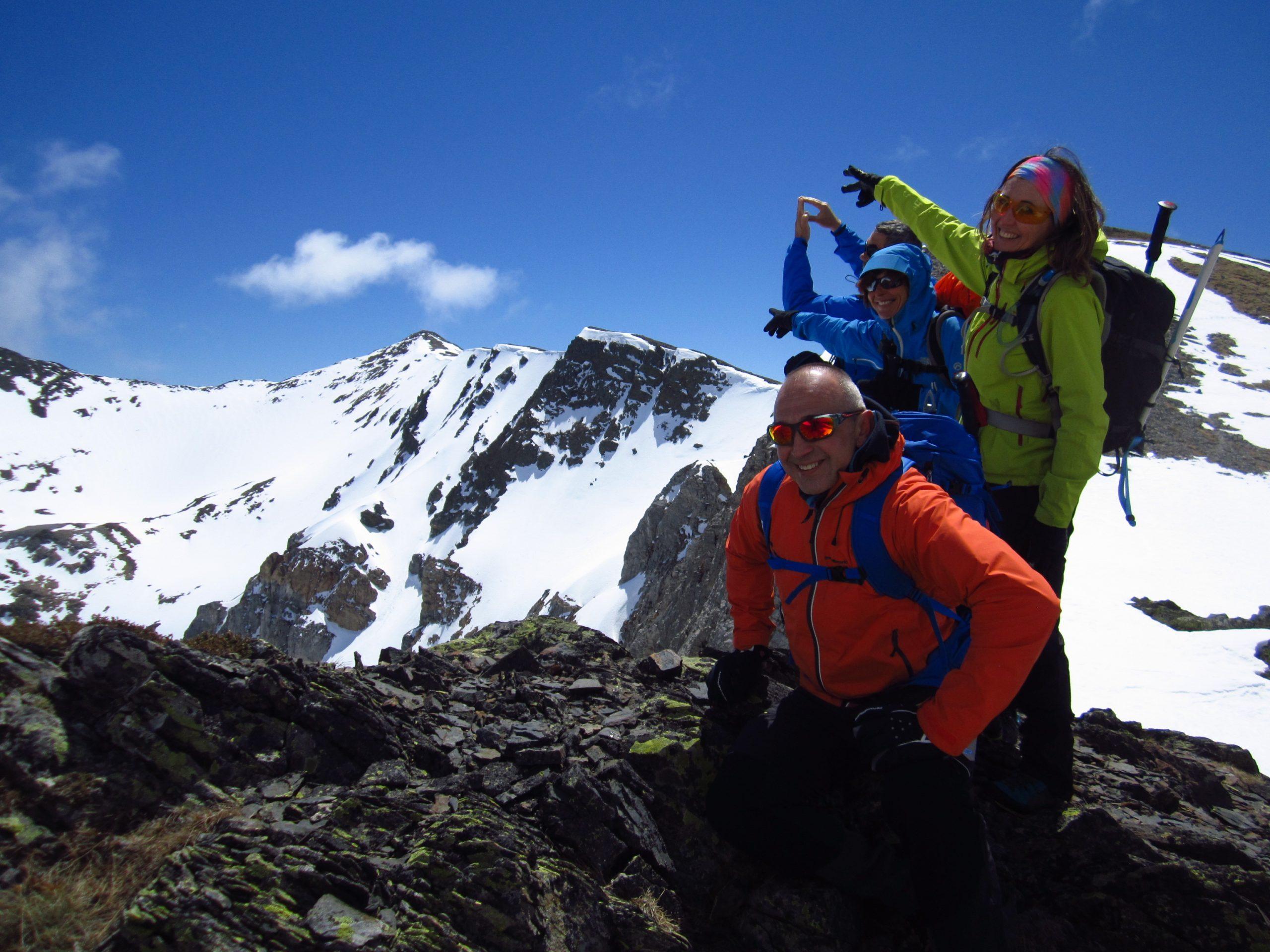 Ascensiones al Tres Provincias, Pico Murcia  Coriscao. Colosos de la Cordillera Cantábrica