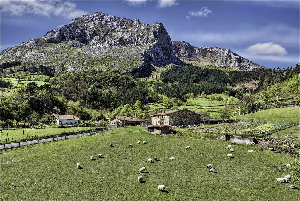 Senderismo en el Pais Vasco. Amboto, Gorbea y Aizkorri