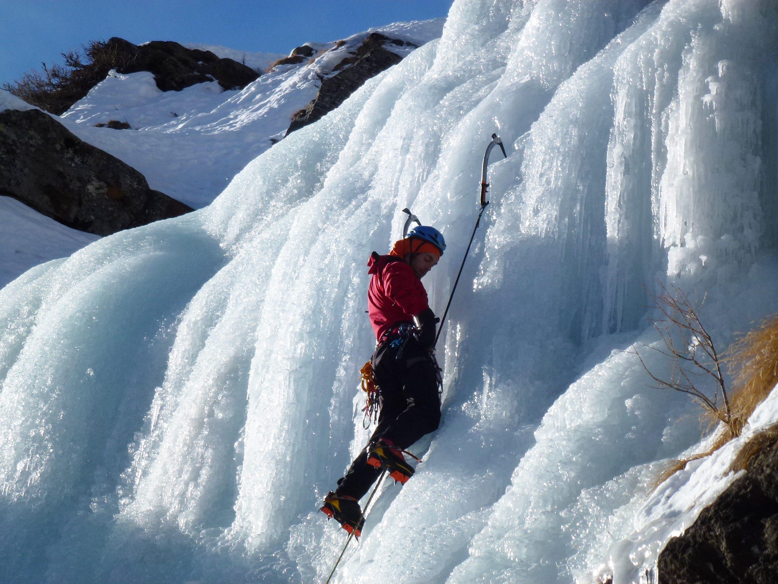 Curso de escalada en hielo (Sierra de Guadarrama)