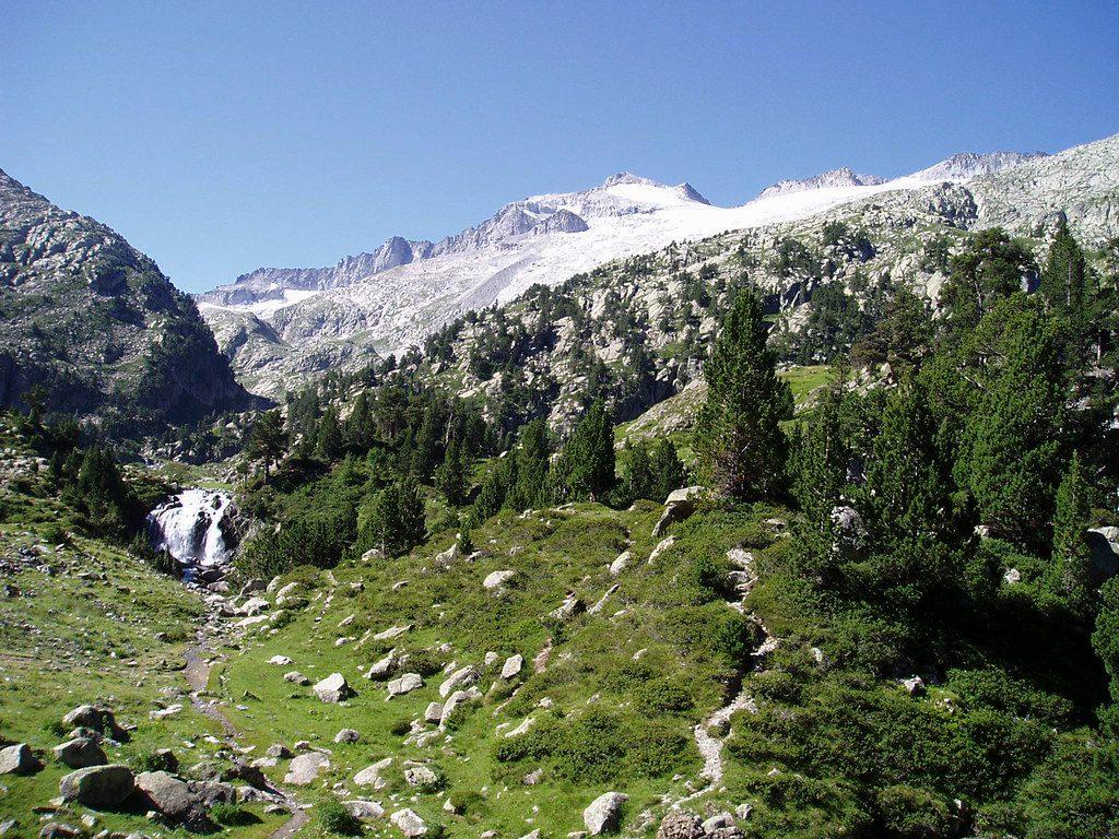 Tour del Aneto+Ascenso al Aneto. Pirineo Aragonés