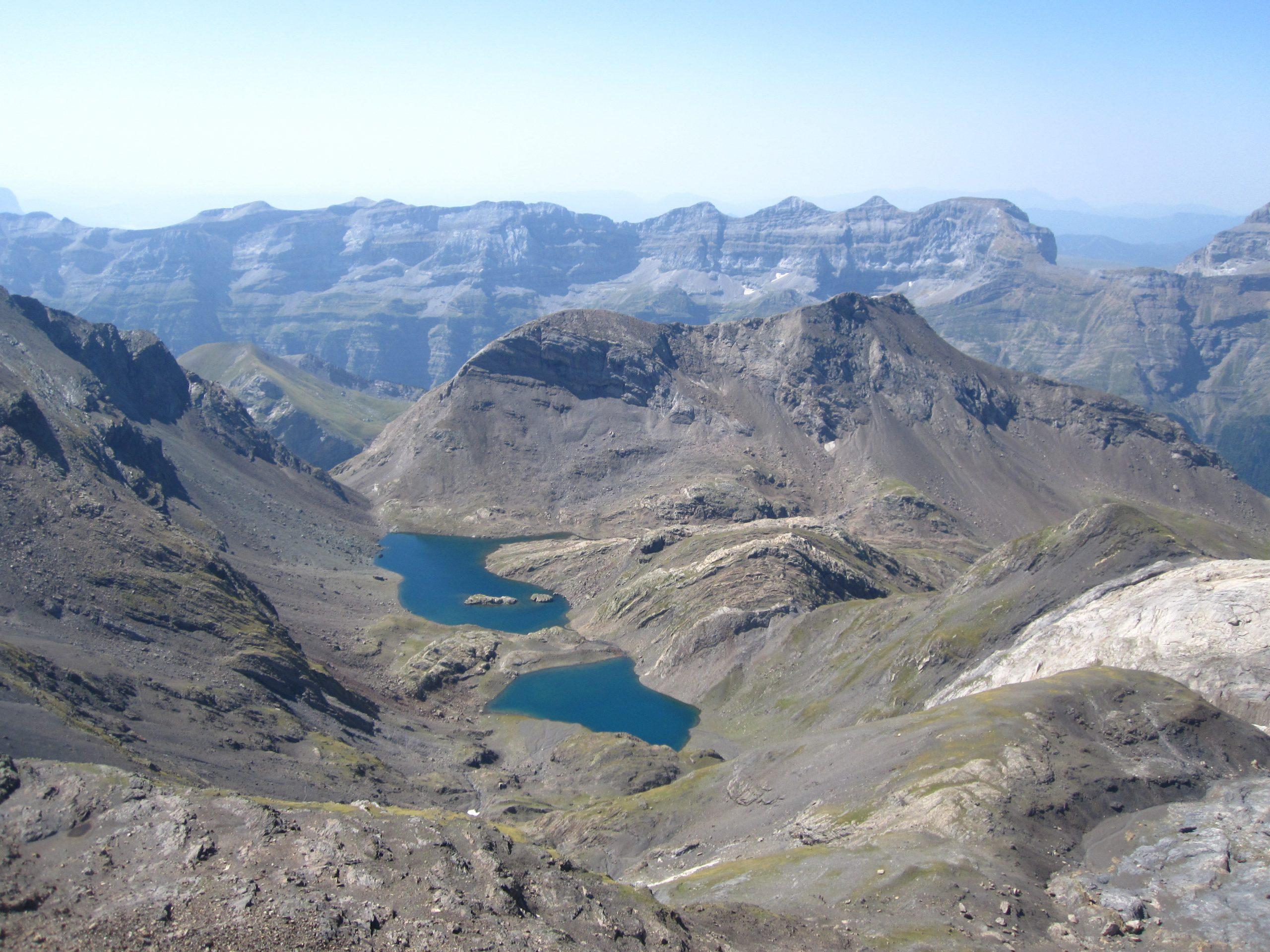 Ascenso al Pic de la Munia y Astazus. Valle de Pineta