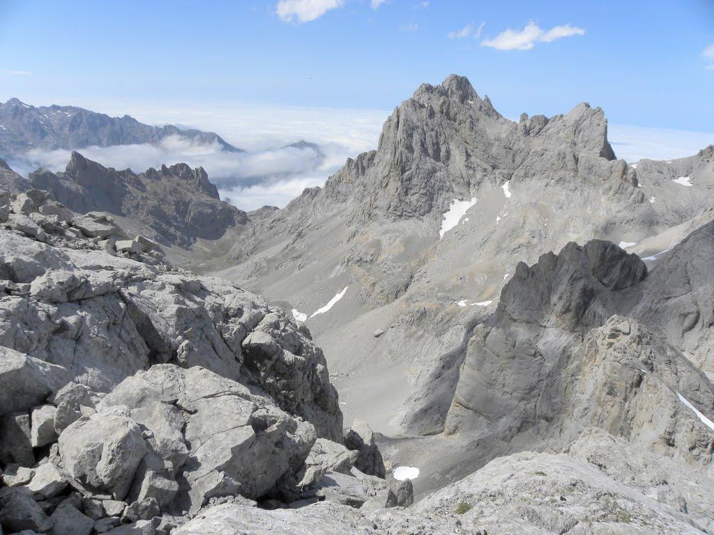 Ascensiones en el Macizo Central de los Picos de Europa (4 días)