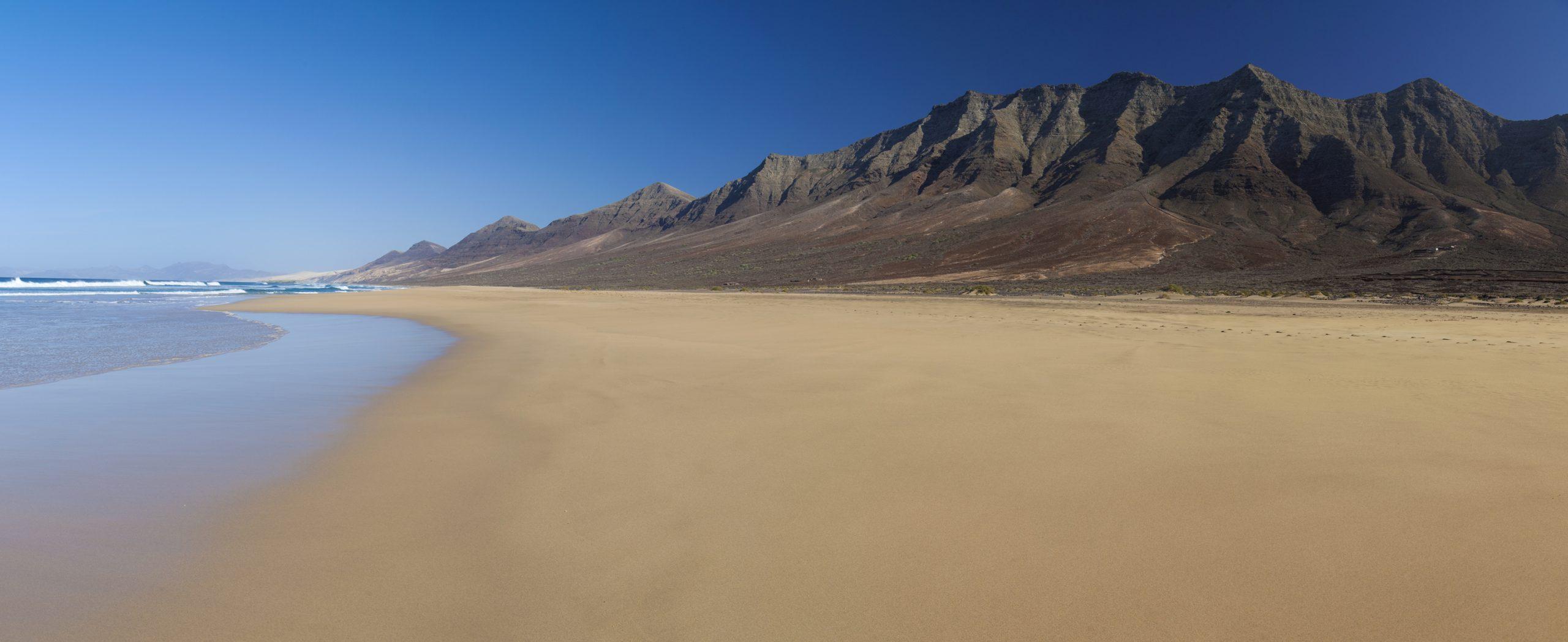 Senderismo en Fuerteventura y Lanzarote. Islas Canarias