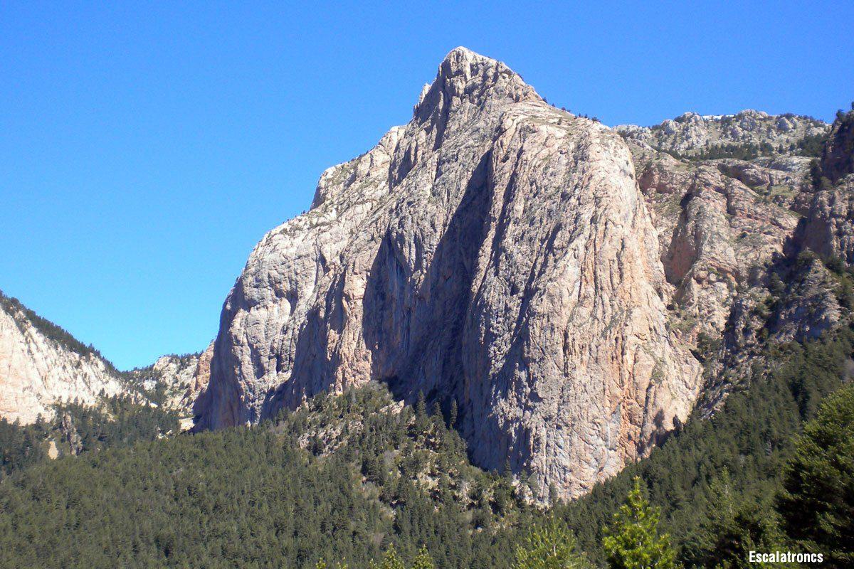 Roca Gran d´en Ferrús. Vía Directe Estel