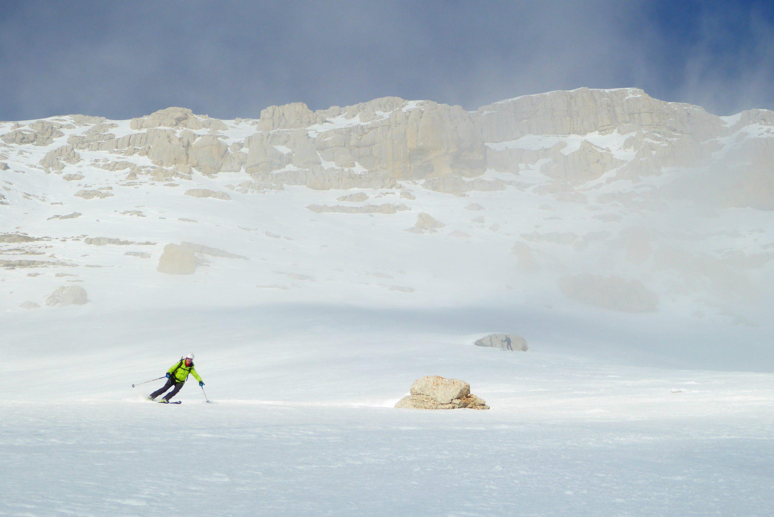 Curso de Esquí Freeride. Cordillera Cantábrica. Fundamentos básicos para el esquí fuera de pista y de montaña.