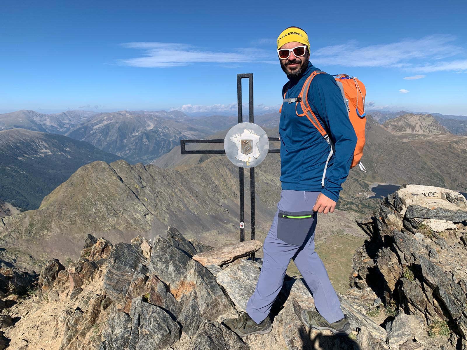 Ascenso al Carlit en el día. Montaña sagrada de la Cerdaña