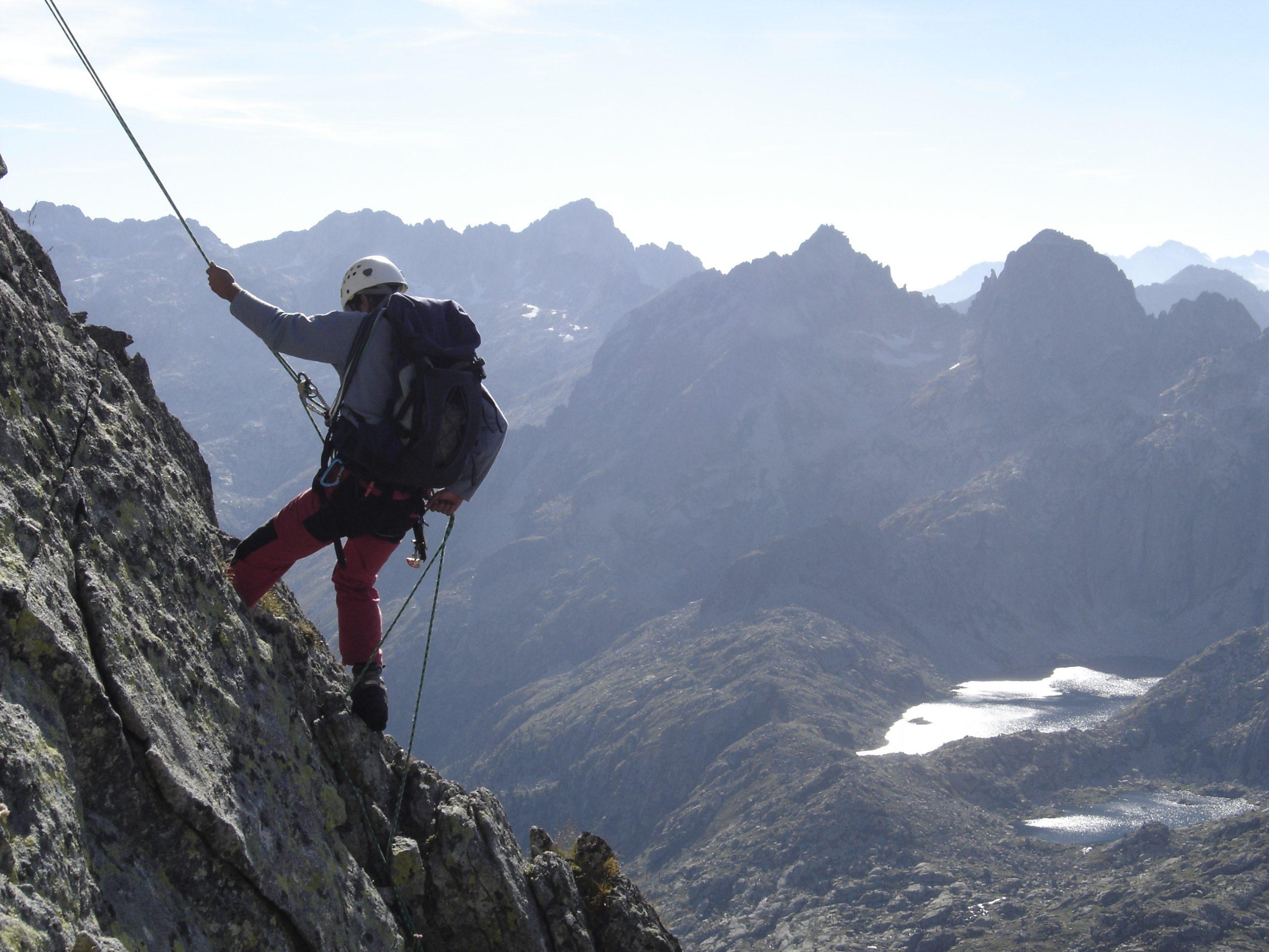 Carros de Roc, la Alta ruta de los Pirineos escalando