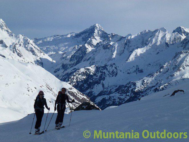 Valle de Tena: tus primeros pasos de esquí de montaña